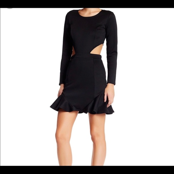Lovers + Friends Dresses & Skirts - Lovers and friends long sleeve cut out dress